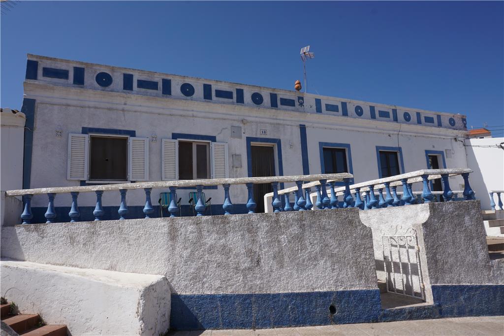 Townhouse for sale in Vila do Bispo
