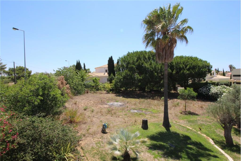 Land/Ruins for sale in Carvoeiro