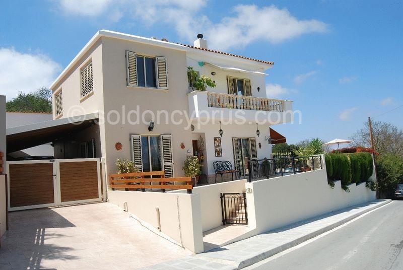 House/Villa for sale in Koili