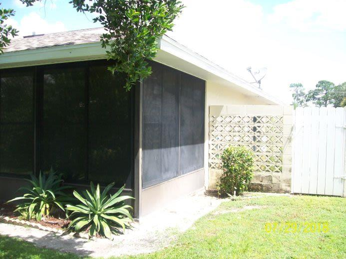 Townhouse for sale in Sebring