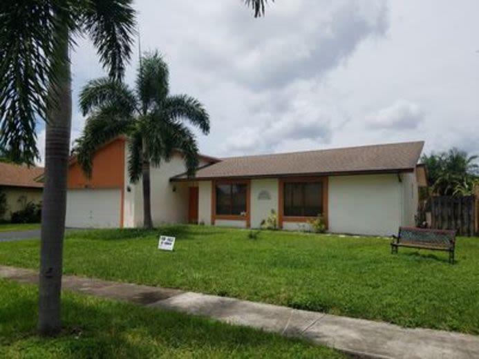 House/Villa for sale in Lauderhill