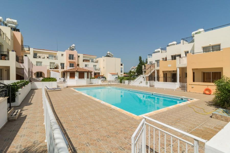 Townhouse for sale in Polis