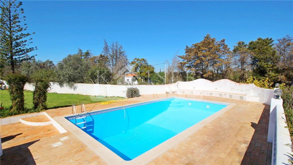 House/Villa for sale in Algoz