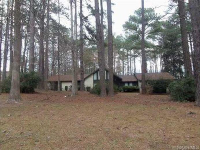 House/Villa for sale in Montgomery