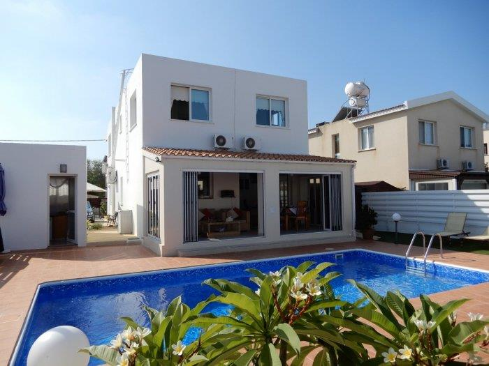 House/Villa for sale in Anavargos