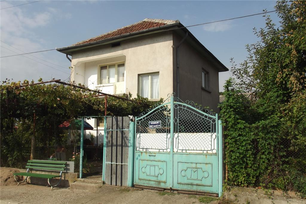 Detached for sale in Pudriya
