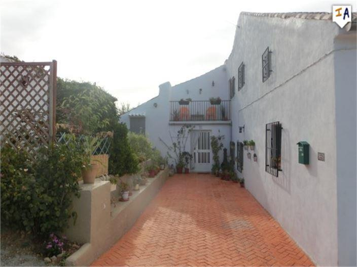Townhouse for sale in La Rabita