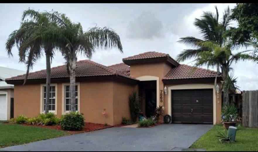 House/Villa for sale in Hialeah