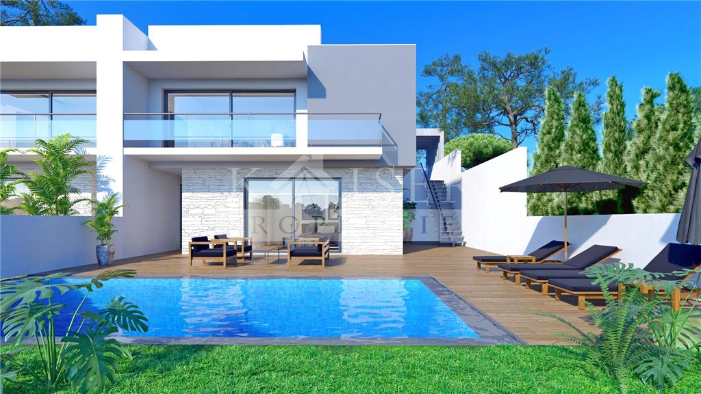 Land/Ruins for sale in Albufeira