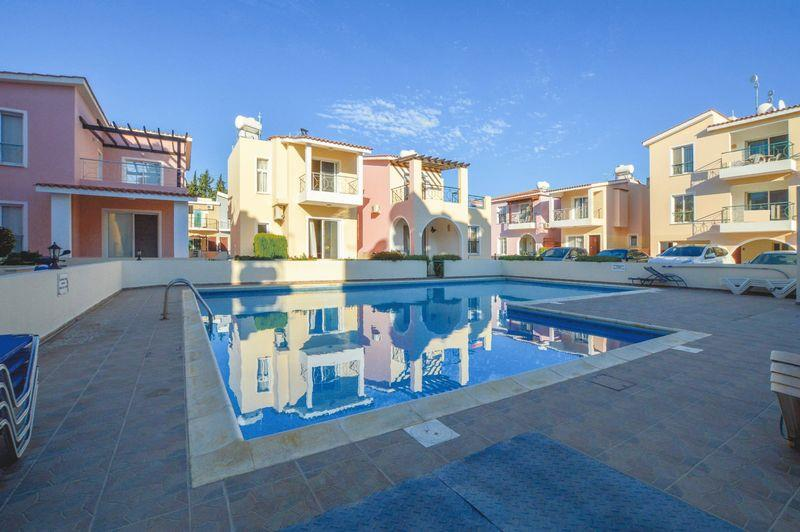 Townhouse for sale in Kato Paphos