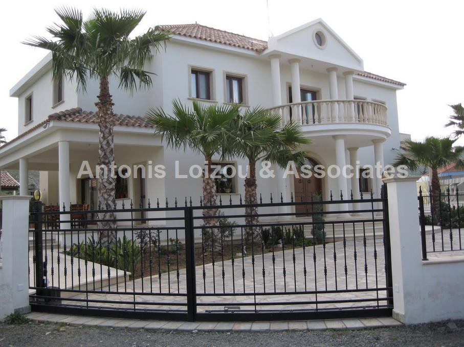 Detached for sale in Dali