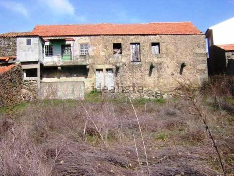 Land/Ruins for sale in Quadrazais